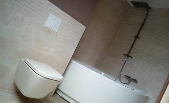 Rénovation salle de bain WC suspendu et baignoire d'angle